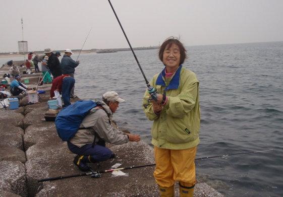 海釣り大会と焼肉パーティー!